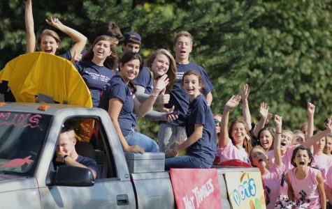 Home Coming 2011 – Game Parade & Fans