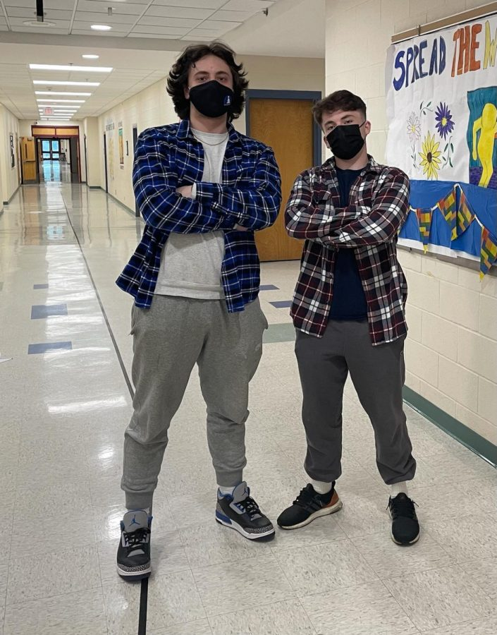 Flannel Shirts Continue to Trend
